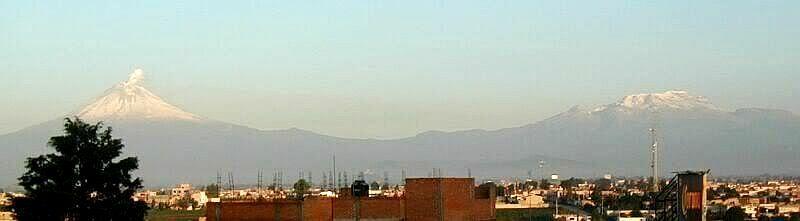 Ixta_Popo_from_Puebla