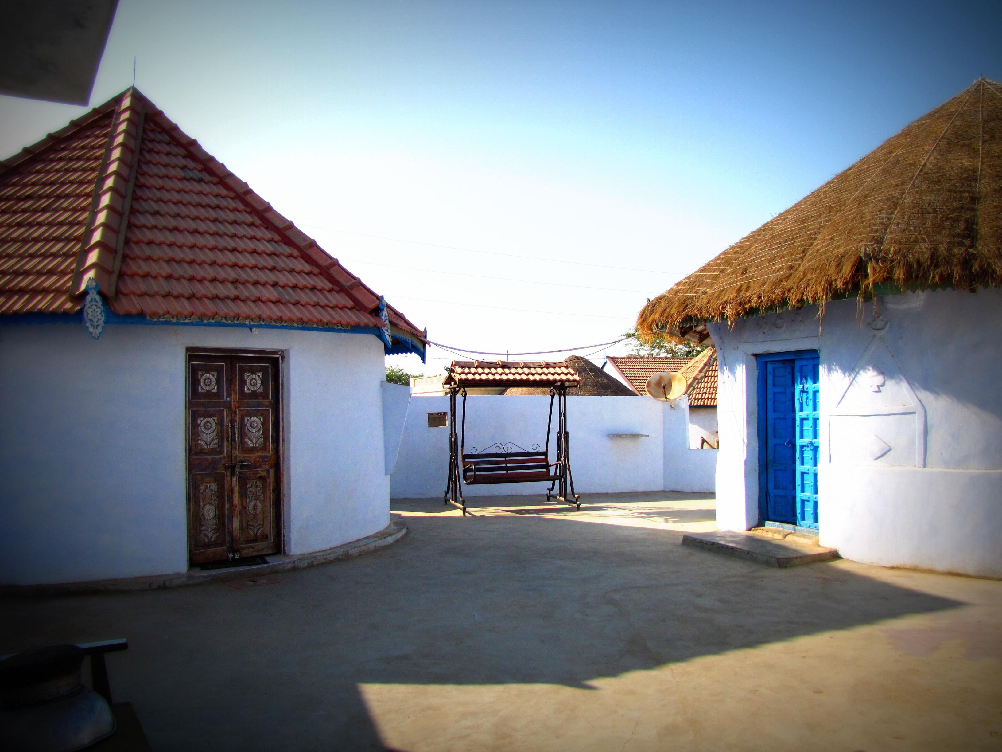Bhungas or Mud Houses of Dhodro Village