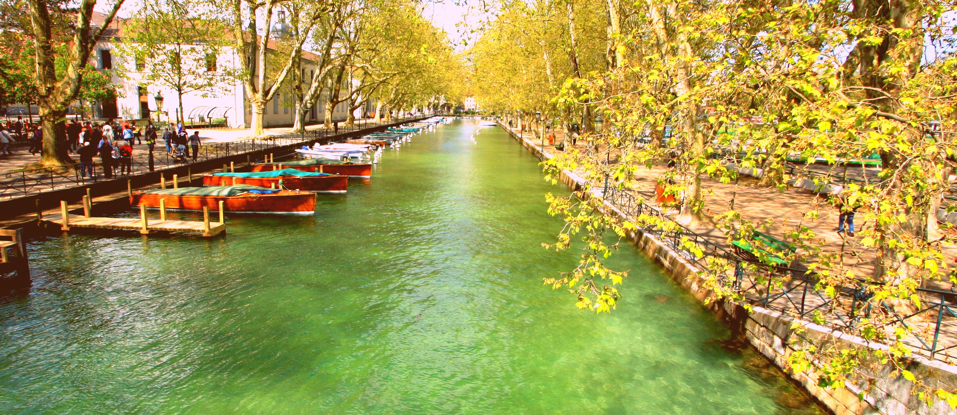 Lake-Annecy-France-wild-swimming-lake-annecy-tartiflette-beer-and-wild-swimming-the-perfect-start-to-summer-holiday-in-france-and-french-roadtrip-1