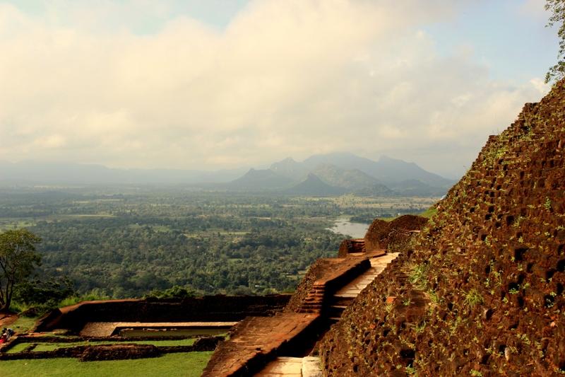 Island of Sri Lanka - Lush & Beautiful